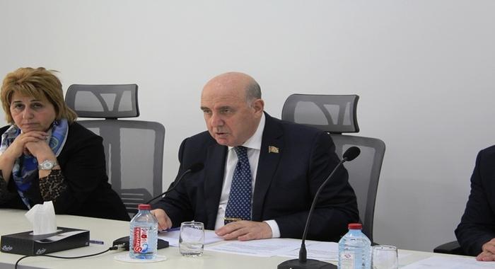 AMEA Mərkəzi Nəbatat Bağının 2019-cu ildəki elmi və elmi-təşkilatı fəaliyyətinin hesabatı dinlənilib.