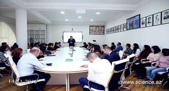 AMEA-nın Gənc Alim və Mütəxəssislər Şurasının elmi bölmələr üzrə hesabatı başlayıb.