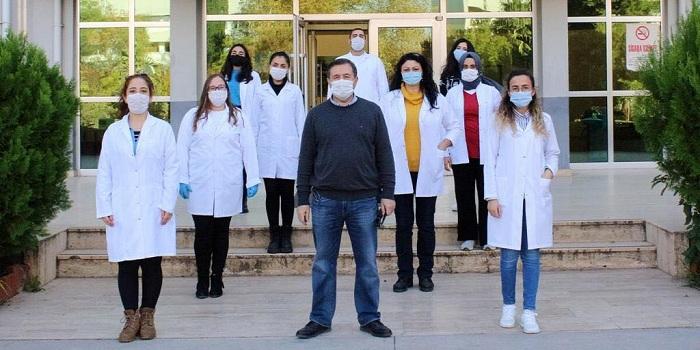 """Azərbaycanlı alimin COVID-19-a qarşı hazırladığı peyvəndlə bağlı məqaləsi nüfuzlu """"Viruses"""" jurnalında dərc olunub"""