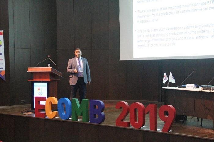Азербайджанский ученый рассказал об исследовании противомалярийной вакцины на международном конгрессе
