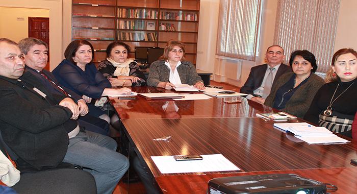 İnstitutun 2018-ci il üçün elmi-tədqiqat işləri üzrə hesabatlarına başlanılmışdır.