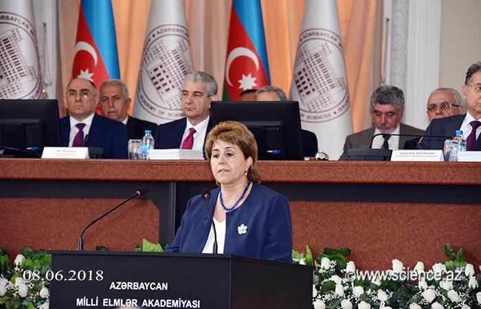 Akademik Nərgiz Paşayeva və akademik İradə Hüseynova AMEA-nın yeni vitse-prezidentləri seçiliblər