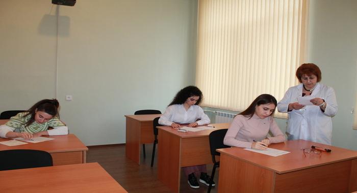 Зимняя экзаменационная сессия магистрантов в Институте Молекулярной Биологии и Биотехнологий продолжается
