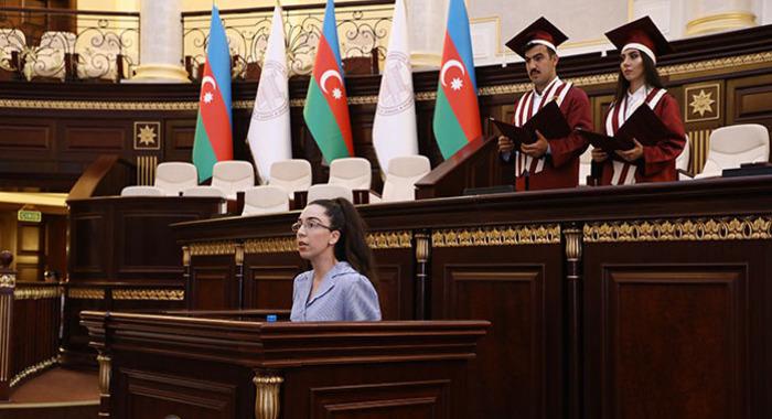 Гюльнар Абдуллаева начала обучение в докторантуре Оксфордского Университета