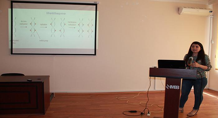 """""""In vitro bitki hüceyrə kulturasında epigenetik dəyişikliklər: somaklonal  variasiya"""" mövzusunda seminar keçirilmişdir"""