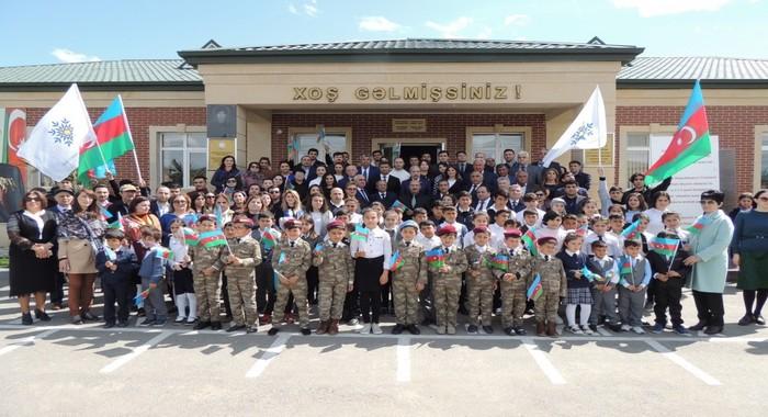 Члены Партии Йени Азербайджан базовой станции Сюнбюль Института Молекулярной Биологии и Биотехнологий совершили поездку в Джоджуг Марджанлы