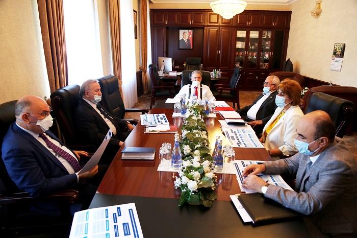 На заседании Президиума НАНА обсуждался ряд вопросов