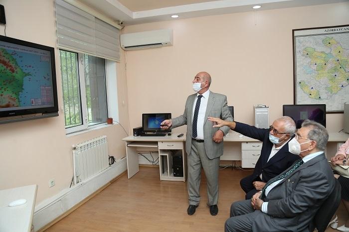 Президент НАНА ознакомился с исследованиями, проводимыми в Республиканском центре сейсмологической службы