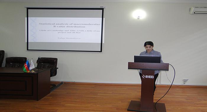 Научный сотрудник Рафига Масмалиева выступила с отчетным докладом о научной командировке в Кембридж