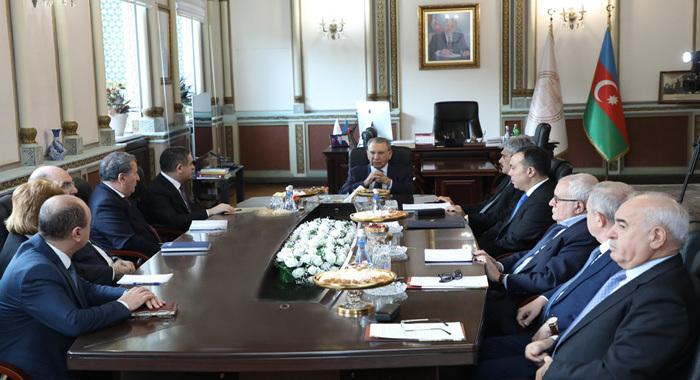 В Президиуме НАНА состоялась встреча с рядом госчиновников